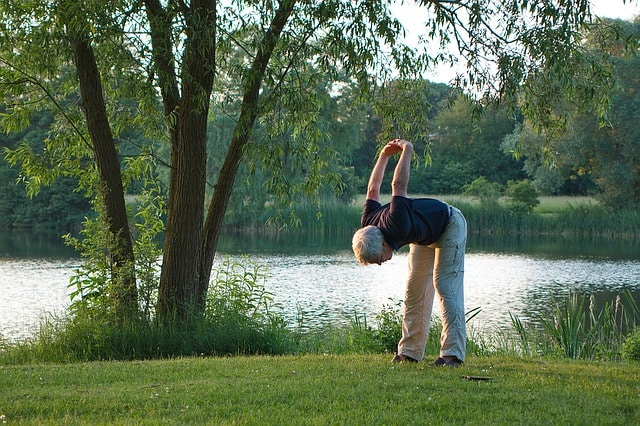 Dehnungsübungen gegen Rückenbeschwerden